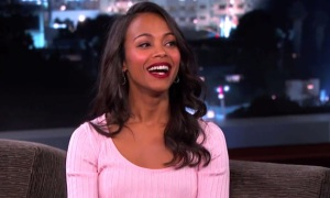 rs_1024x759-131204045458-1024-zoe-saldana-jimmy-kimmel-live-pink-dress-da-120413-e1386209843780