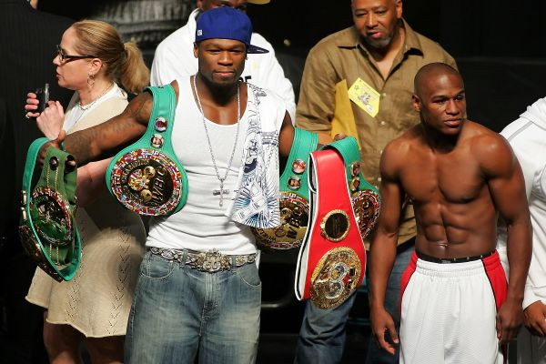 De La Hoya v Mayweather Jr. Official Weigh-In