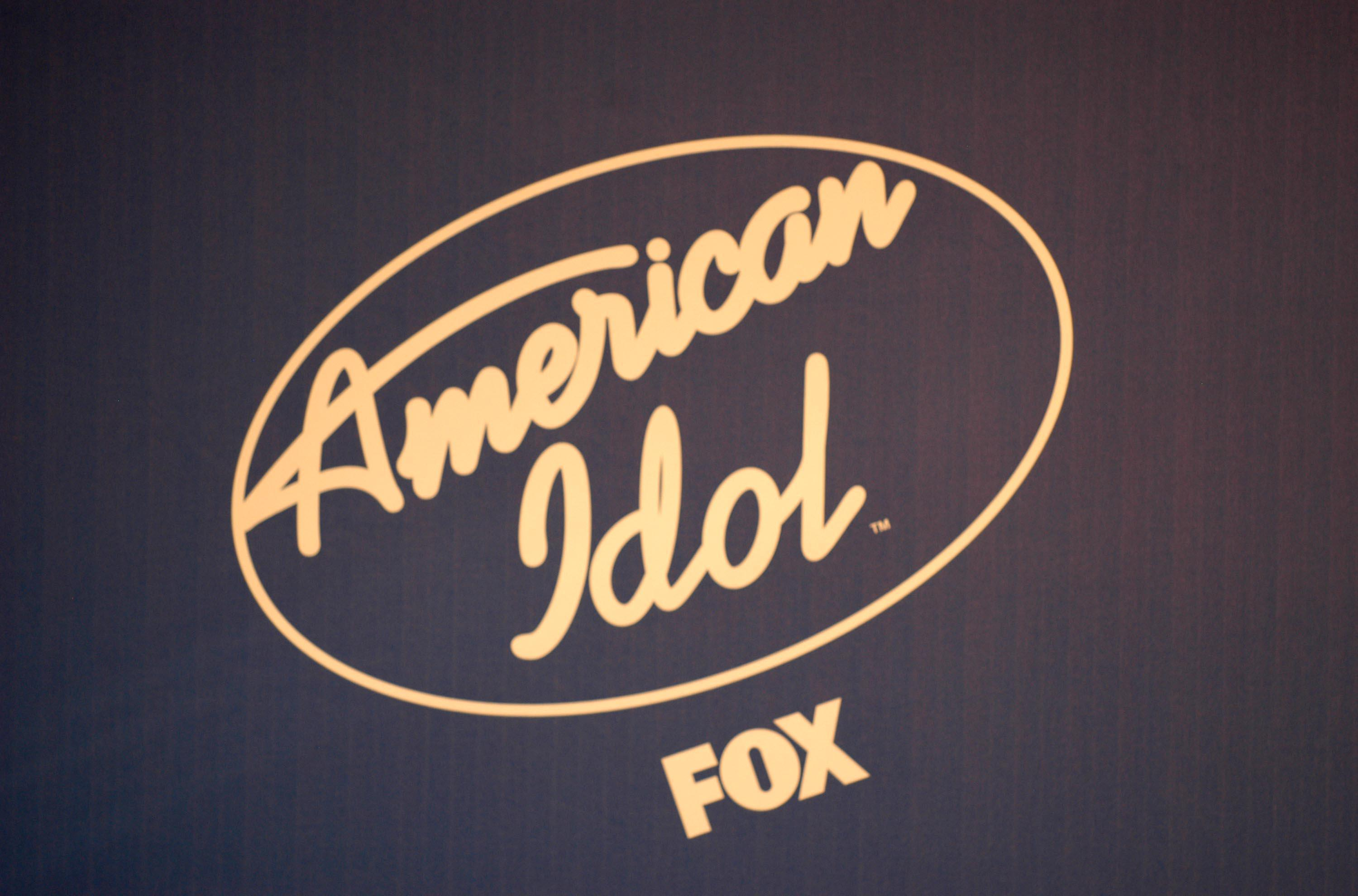 American Idol 2 Finals - Press Room