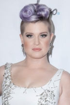 Kelly Osbourne Apologizes For Her Comments About Latino's On 'The View'