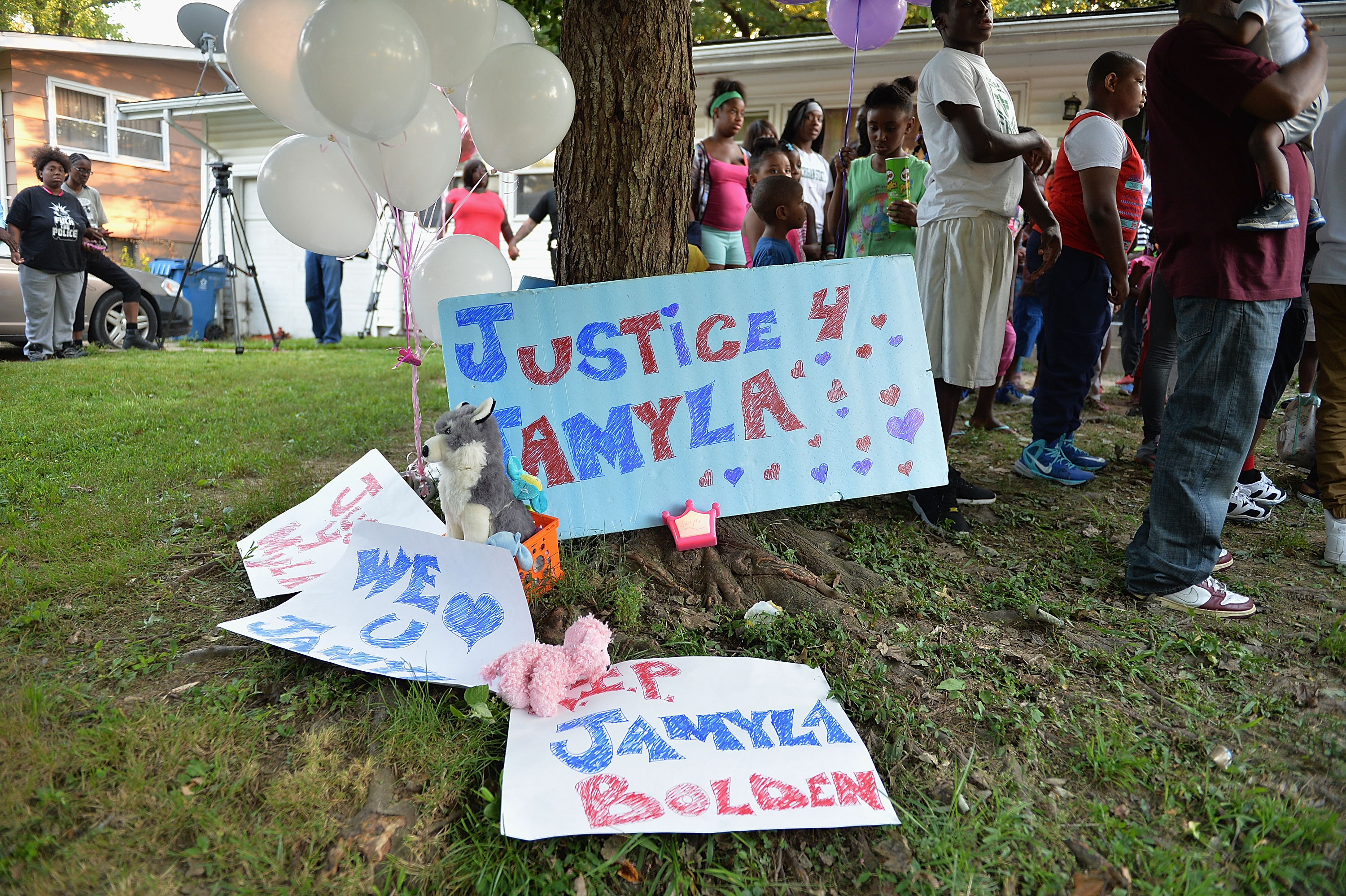 Vigil Held For Nine-Year Old Jamyla Bolden Shot By Stray Bullet While Doing Homework