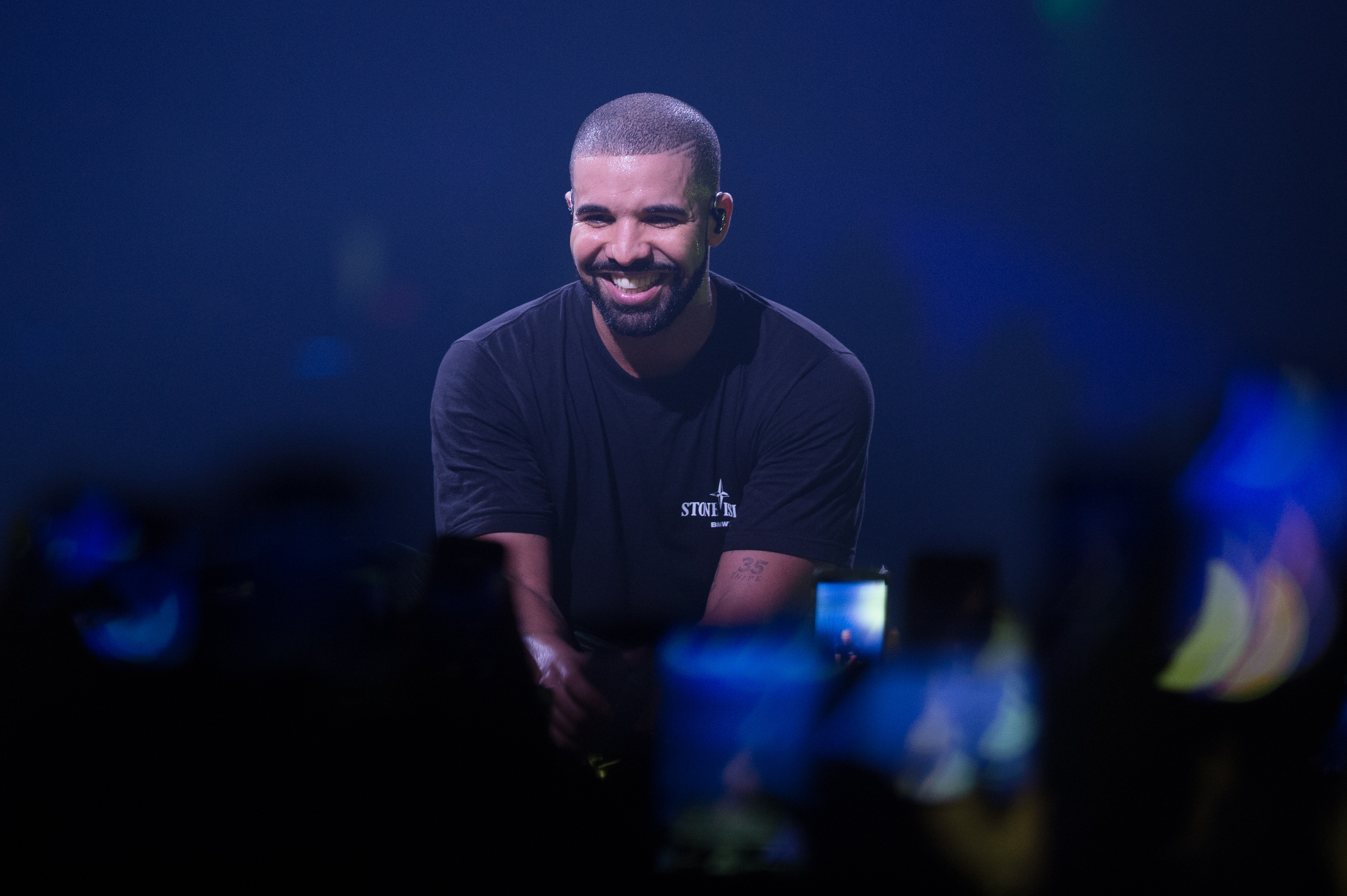 Drake Performs At l'AccorHotels Arena