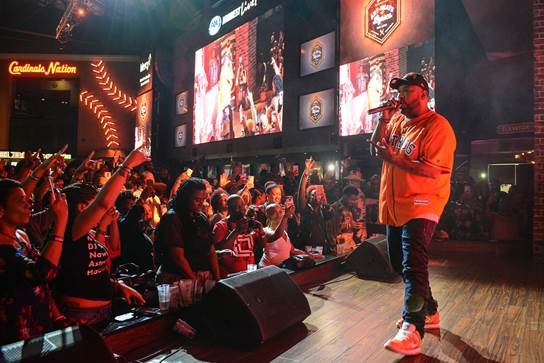 BUN B PERFOMRS AT ART BEATS & LYRICS ST. LOUIS