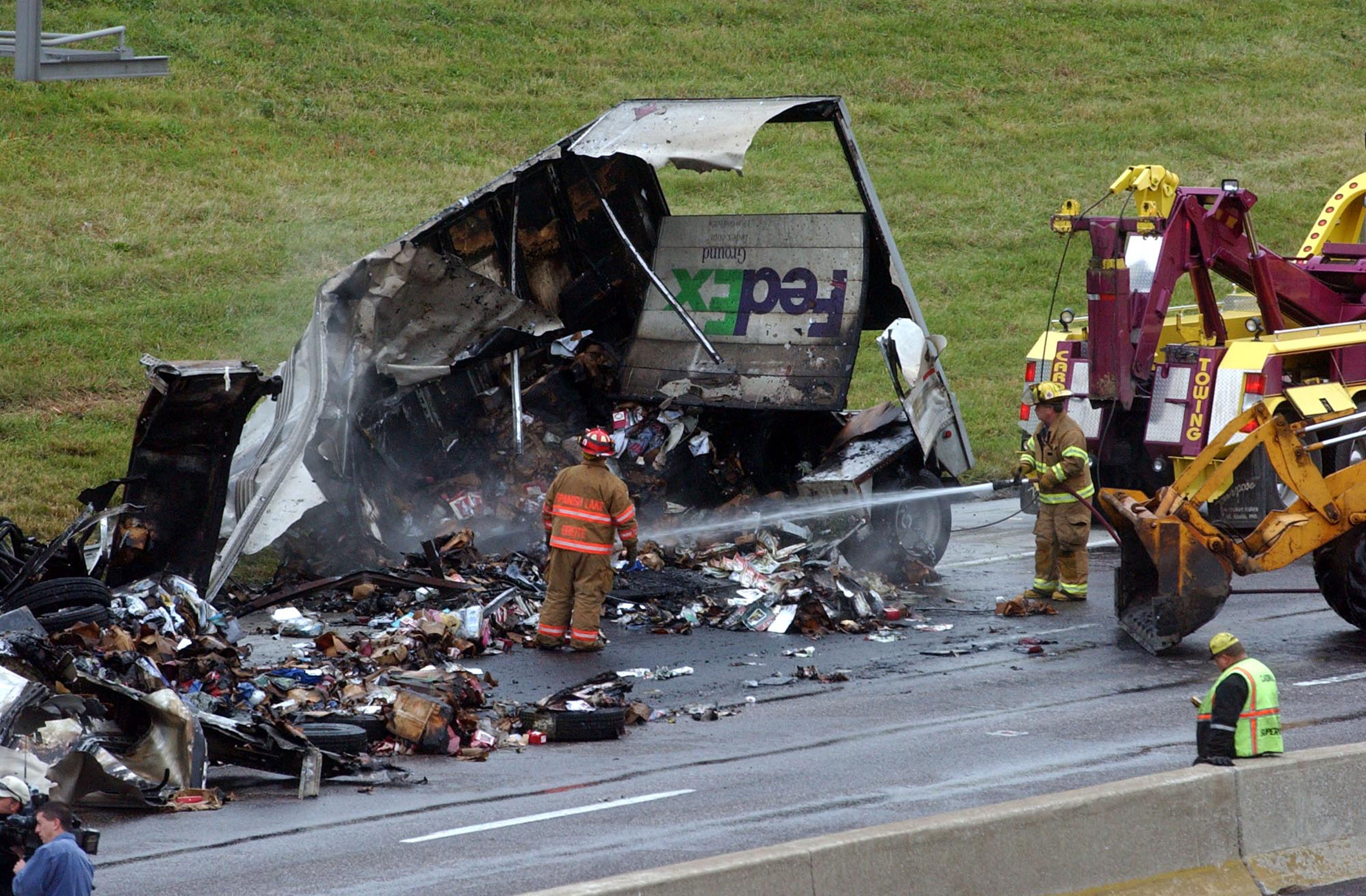 Fed-Ex Truck Burns In Fiery Accident