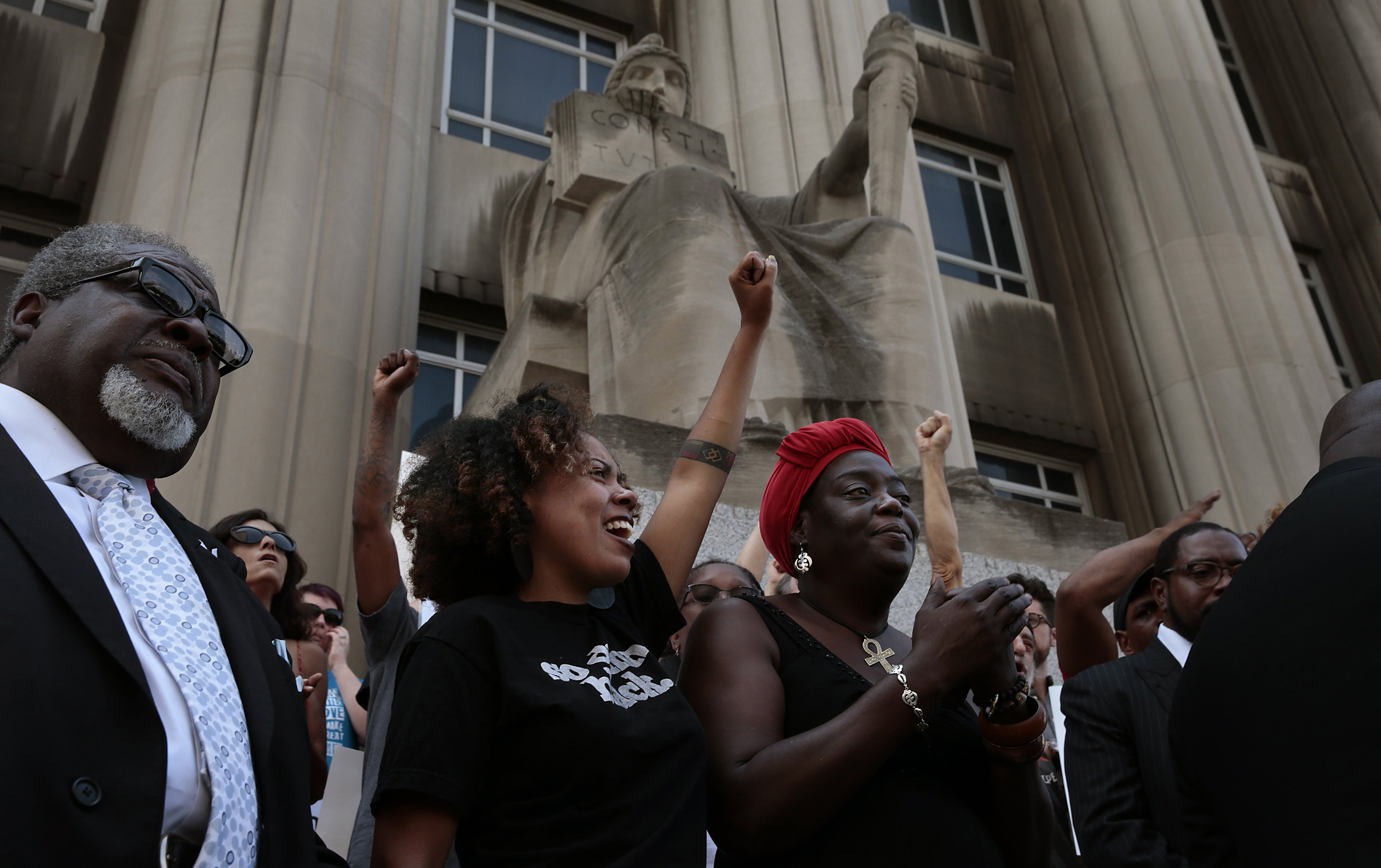 Barricades erected around courthouses in advance of Stockley verdict