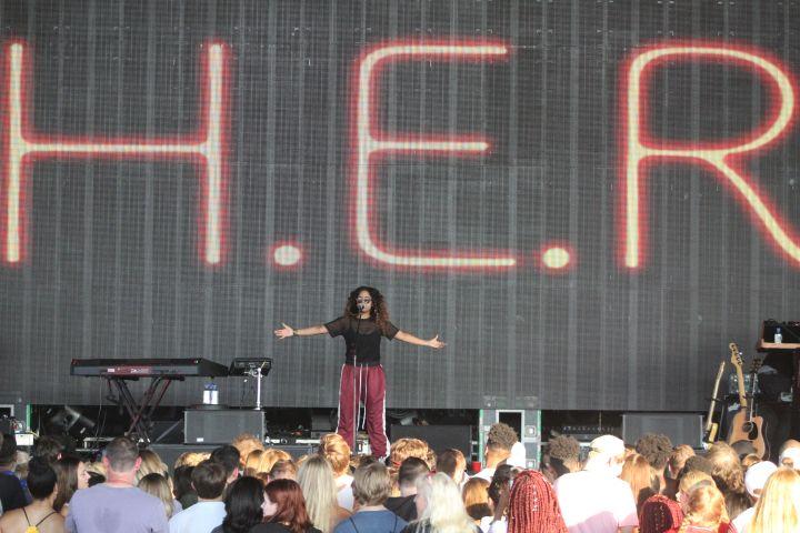 H.E.R. At Super Jam X