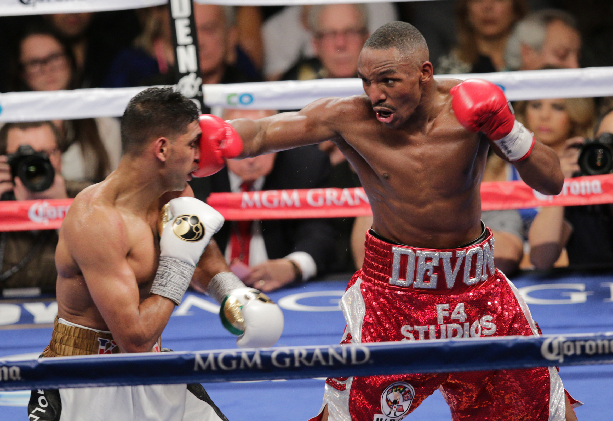 WBC Silver welterweight title -Amir Khan v Devon Alexander
